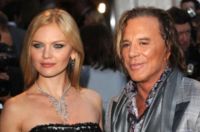 Rourke to wed Russian gal of 24